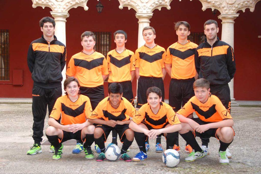 Equipo fútbol sala Viana en el Palacio del Infantado
